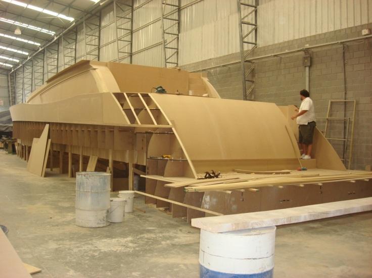 Molde del liner (cabina, amurada, plataforma de popa)