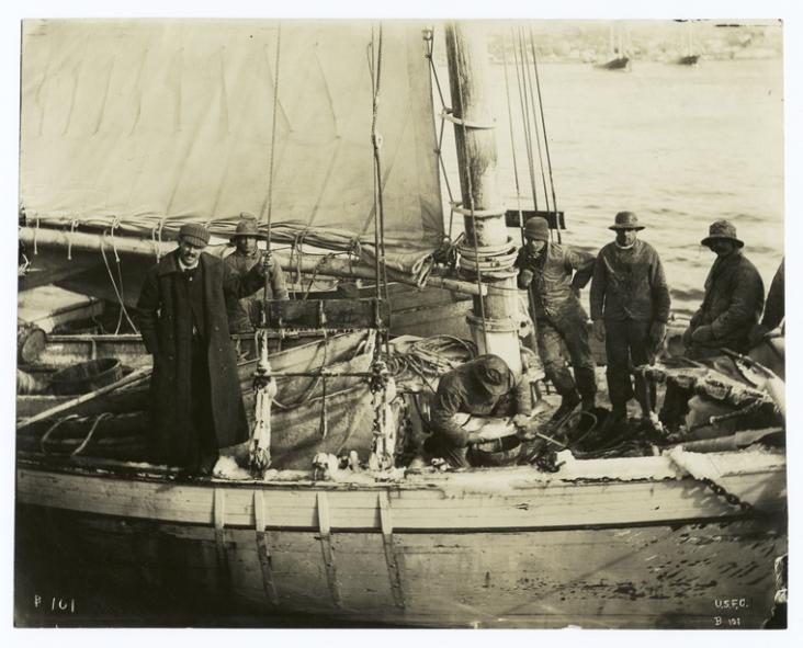 Barca de pesca (fecha desconocida, entre 1860 y 1920)